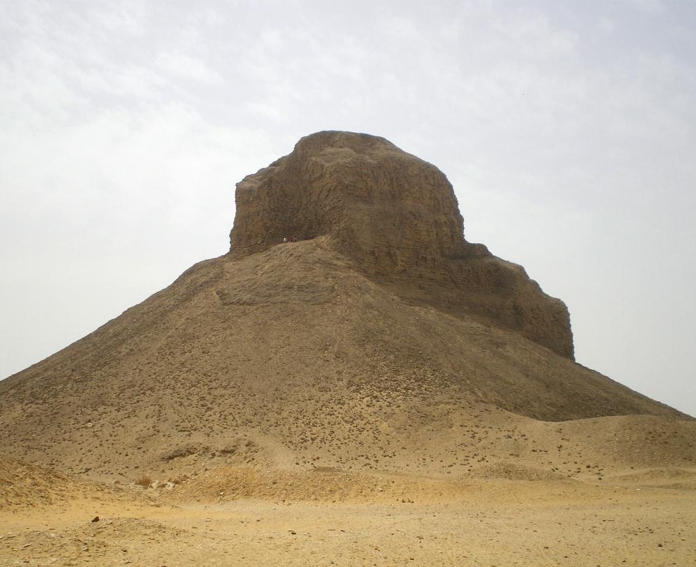 Black_Pyramid_of_Amenemhat_III.