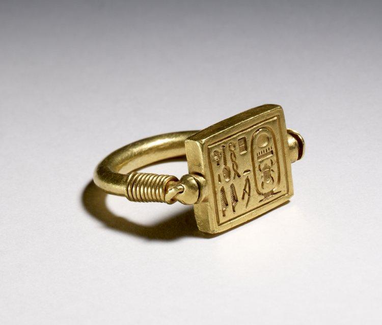 gold-ring-british-museum