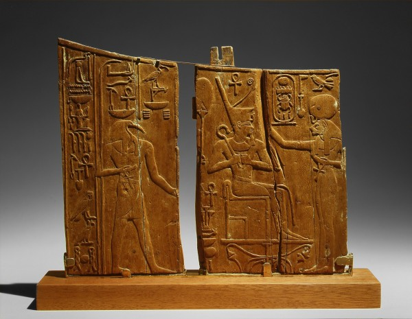 Arm_Panel_From_a_Ceremonial_Chair_of_Thutmose_IV_MET_eg30.8.45a-c.Av1