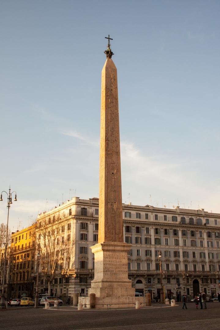 Lateran_obelisk_2013-3
