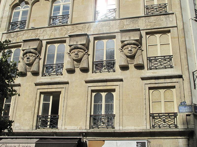 800px-Place_du_Caire
