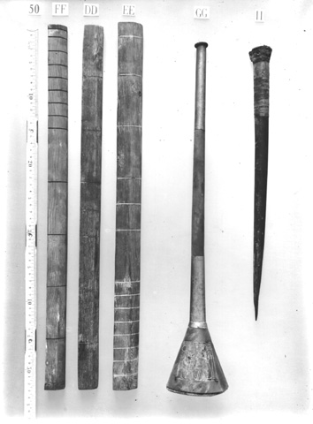 Tutankhamun's_bronze_trumpet
