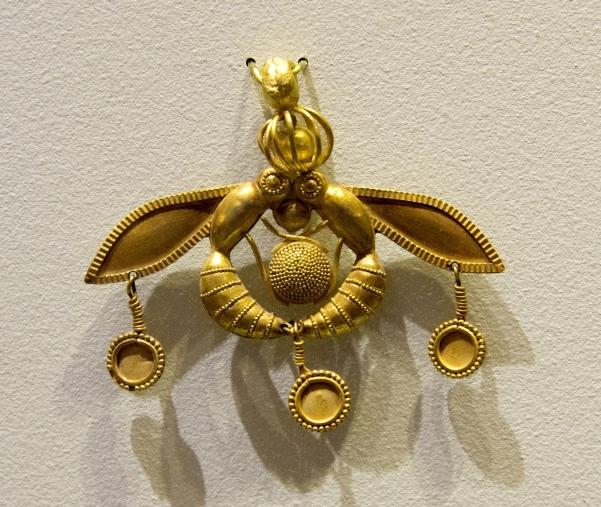 102b-jewellery-mallia-pendant1.jpg