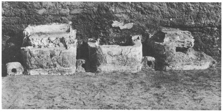 125b. North Palace animal mangers (Newton 1924) 1